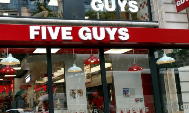 Five Guys Opéra